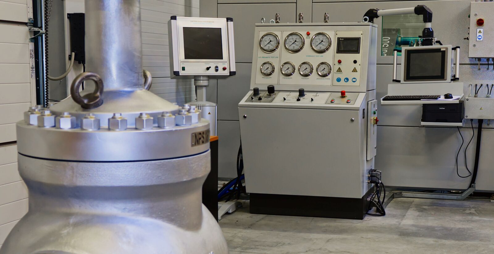 Nové testovací zařízení pro tlakové zkoušky armatur
